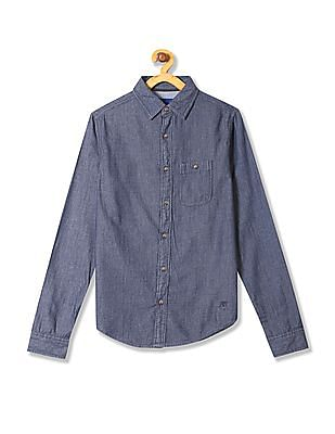 Aeropostale Spread Collar Chambray Shirt