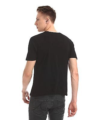 Ruggers Round Neck Solid T-Shirt