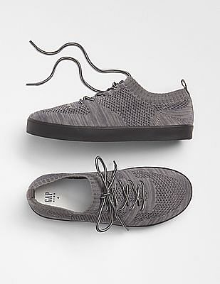 GAP Boys Lace Up Mesh Sneakers
