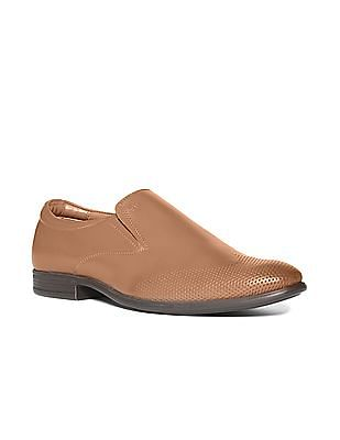 Arrow Wingtip Leather Slip On Shoes