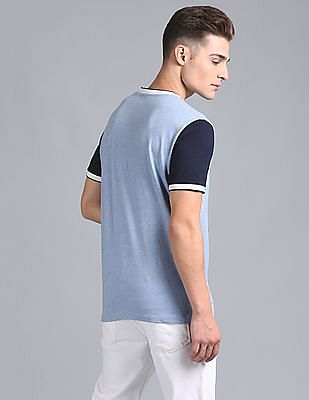 GAP Men Blue Henley With Contrast Tipping And Logo At Hem