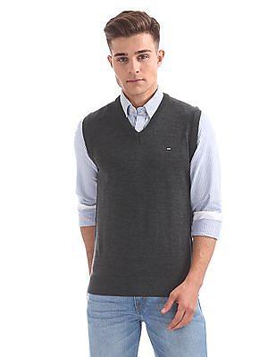 Arrow Sports Sleeveless V-Neck Sweater