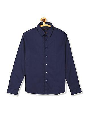 Flying Machine Layered Collar Solid Shirt