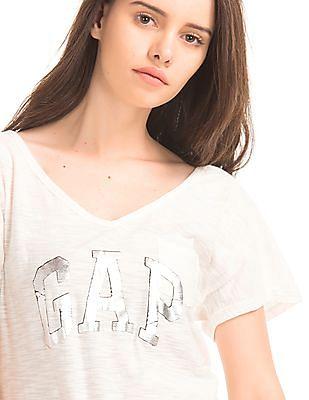 GAP Women White Foil Logo Pocket Tee