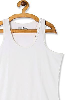 Unlimited White Solid Knit Tank Top